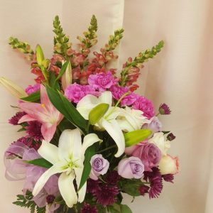 49-95-mix-flowers-in-squared-vase