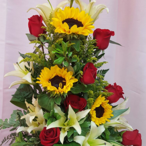 roses-and-sunflower-64